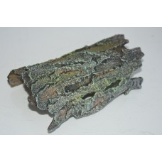 Medium Detailed Tree Bark Tunnel And Shelter 20 x 11 x 6 cms